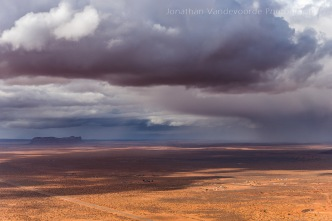 Storm over het Navajo reservaat, Zuid-Utah